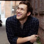 "Phillip Phillips Wants Out of His ""American Idol"" Contract"